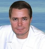 Коновалов Михаил Егорович – основатель и главный врач офтальмологического центра Коновалова. Это человек, обладающий глубокими познаниями в своей области и обширным практическим опытом. Блестящее образование, многолетняя практика и любовь к профессии стали залогом успешной деятельности Михаила Егоровича в создании клиники.
